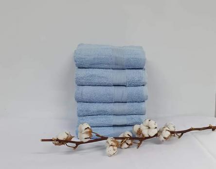 Полотенце Cottonize 100х150 однотонное 912 Голубое