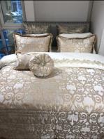 Покрывало с подушками Pepper Home элитное 270*260 Doris Gold